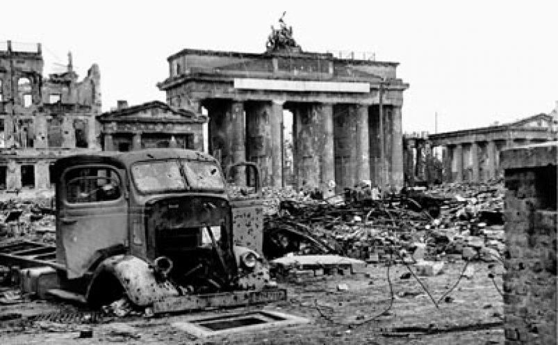 Nach 12 Jahren Endet Das Tausendjahrige Reich Ubrig Bleiben Tod Vertreibung Und Zerstorung Jugendopposition In Der Ddr